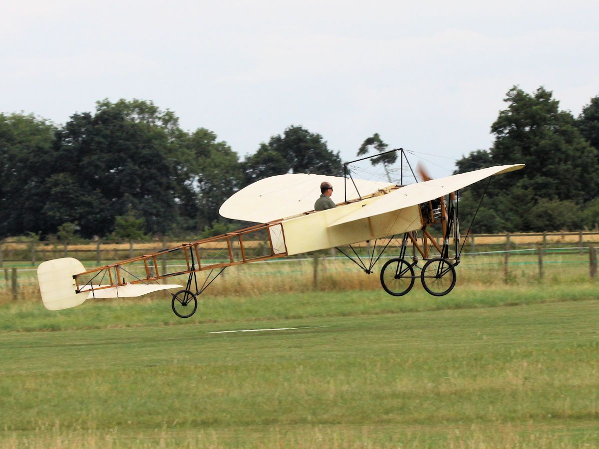 Bleriot XI, Old Warden 2010 - pic by Nigel Key